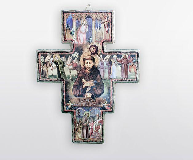 Crucifix en bois à Saint François