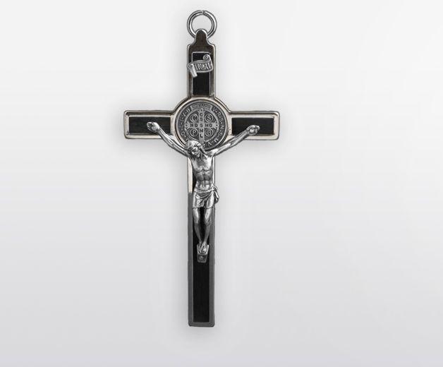 Croix murale en métal à l'effigie de Saint Benoît 12cm