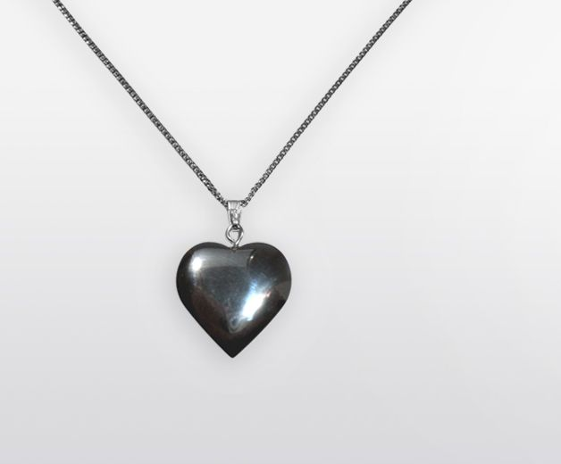 Coeur de pierre fine en Hématite (courage, purification)
