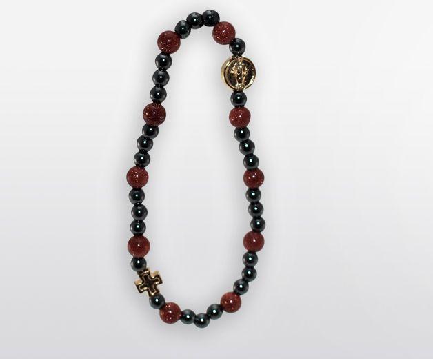 Bracelet religieux élastique rouge orné de perles